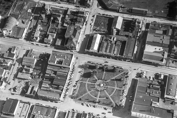 black and white arial photo of the Arcata Plaza